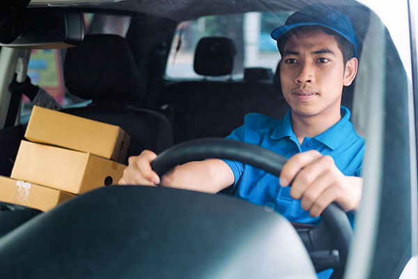 The best fleet driving safety course for your delivery service